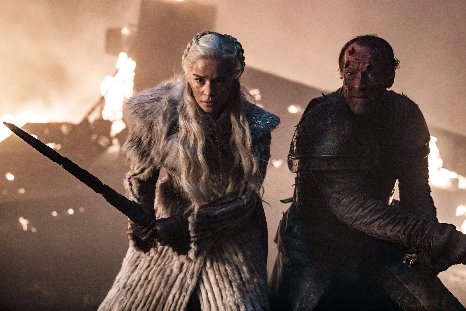 "Game of Thrones Season 8 Episode 3: ""The Long Night"" Review"