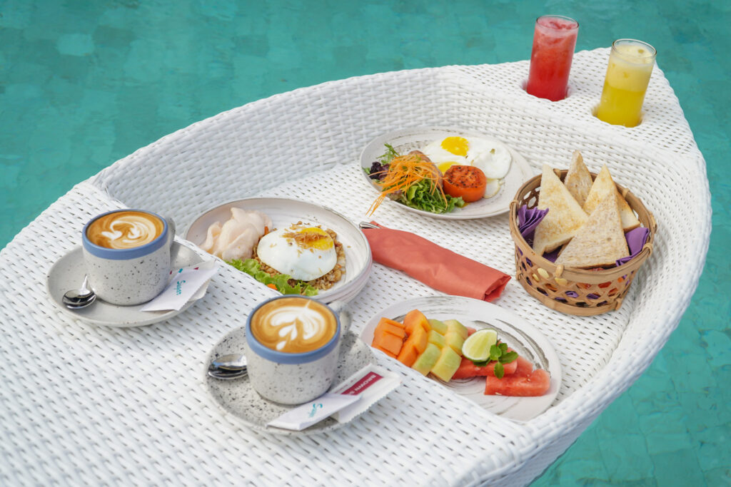 Pool Floating Breakfast